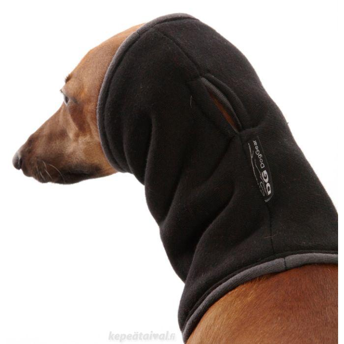 Kaulurin voi vetää suojaamaan koiran korvia.